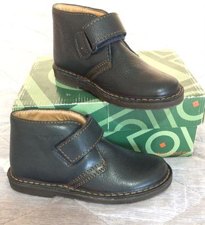 Кожанные новые ботинки.Испания