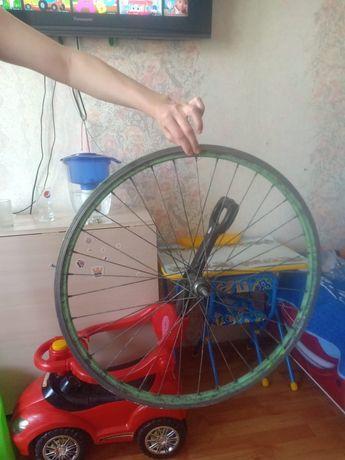 Колесо и рама велосипеда