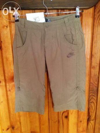 Оригинален нов дамснки къс панталон Найк, Nike womans shot pants