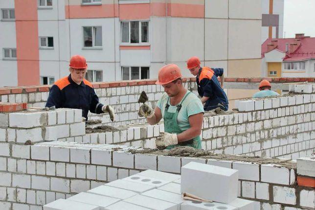 Большая бригада строителей из стран средней Азии
