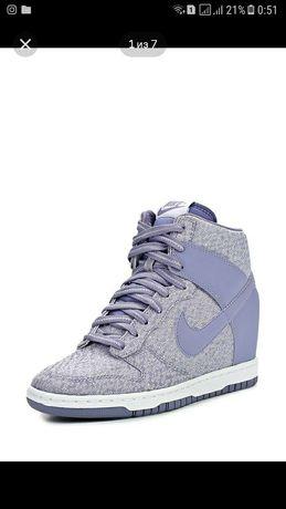 Крассовки Nike крассовки
