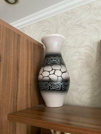 Продам вазу высота 40 см