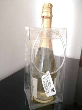 Ice bag, geanta frigo pt răcire și transport a unei sticle de 750 ml