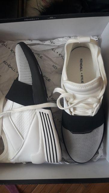 Adidasi Sneakers Kendalll+Kylie BRAYDIN
