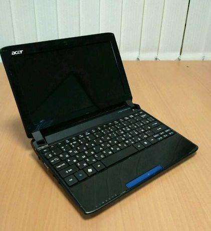 Нетбук Acer, компактный, удобно пользоваться.