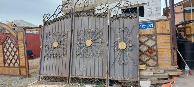 Продам ворота в сборе.