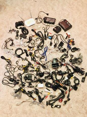 Кабели, шнуры, провода, USB, наушники и т.д. Все как новое