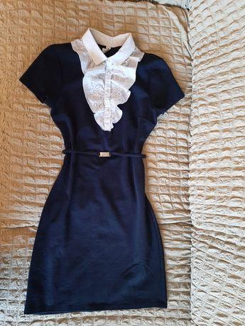 Платье школьное,размер 42