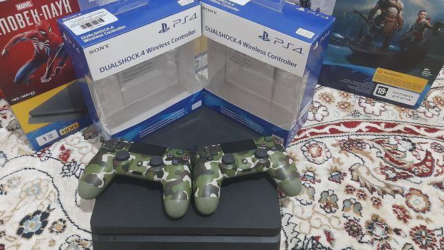 Продам 2 консоля PS4 Pro 1TB и Slim 1TB