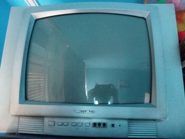 Vând televizor eurocolor