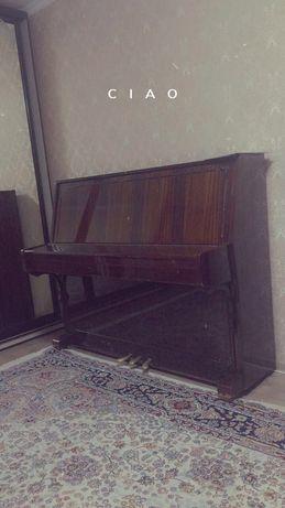 Продам пианино недорого.