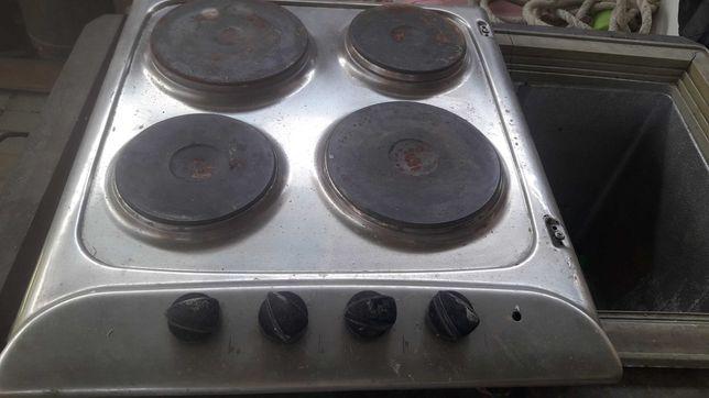 Продам электричесую плиту