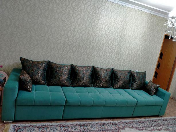 Продам новый диван в отличном состоянии