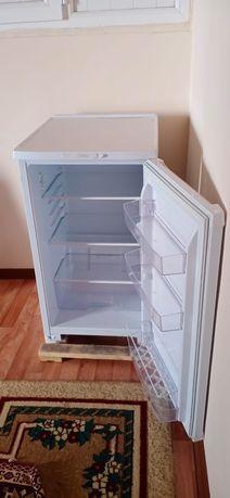 Холодильник в отличном состояний