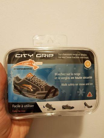 Vând dispozitiv anti - antialunecare pantofi