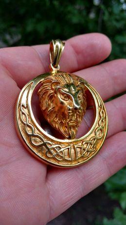 Deosebit pandant ,medalion cap de LEU