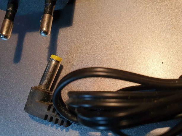 Зарядка адаптор для радио телефонов, блок питания 5.5V-500mA