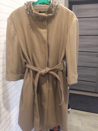 Продам пальто осень 5000