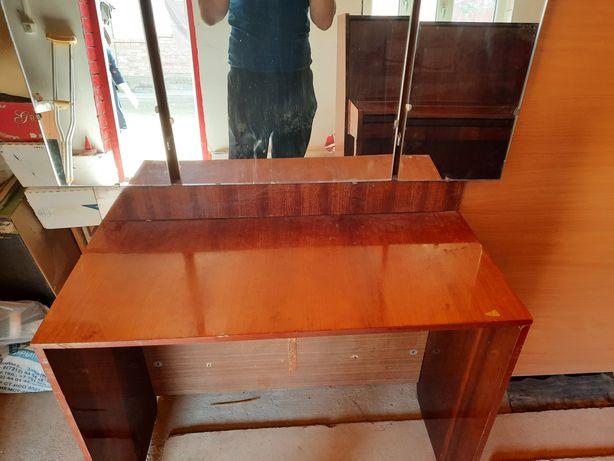 Зеркало трюмо, сиденья на унитаз , ходунки