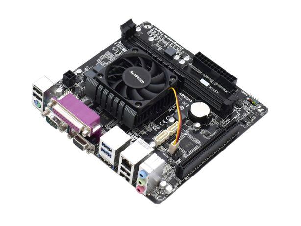 Бюджетная материнская плата Gigabyte GA-E6010N с процессором
