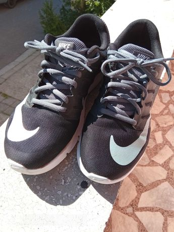 Маратонки Nike air Max 38.5