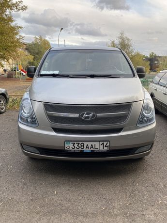 Hyundai H-1(starex)