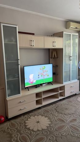 Мебель для гостиной и зала продам срочно!!!