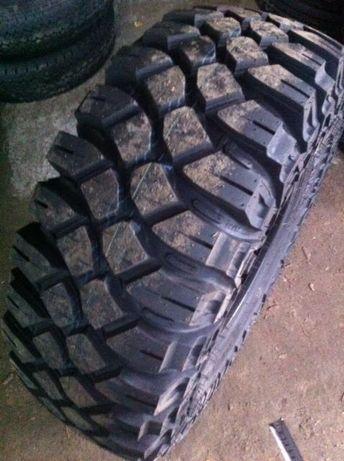 Vand anvelope noi off road MT 35x12,5 R16 Maxxis Creepy Crawler