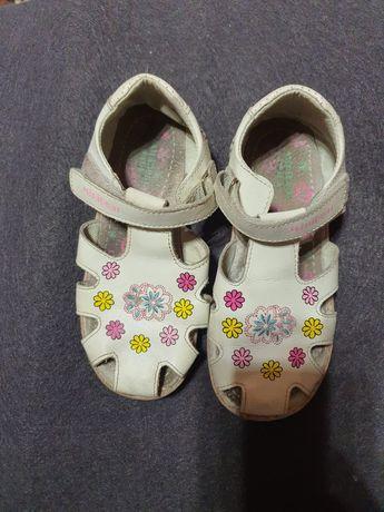 Продаю детские летние сандалии 31 размера, в отличном состоянии
