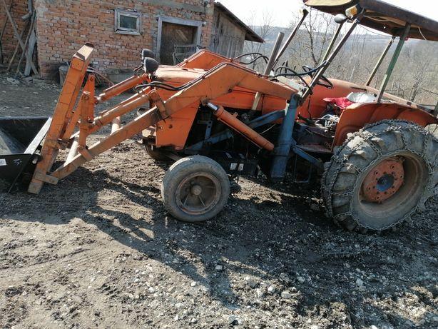 Tractor Fiat someca 615 cu incarcator