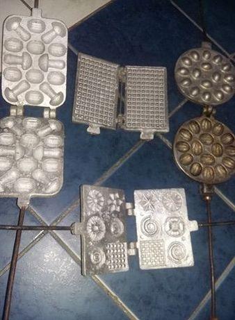 Forma/matrita veche de prajituri NUCI,Fagure,nuci,saratele,ciupercute