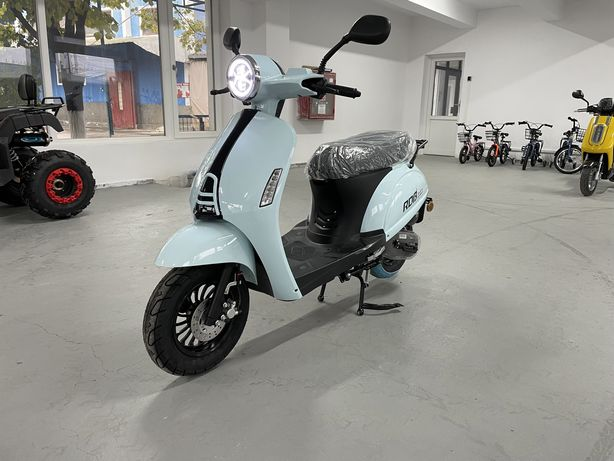 Scuter Blueberry 49 cc, stoc iasi , rate