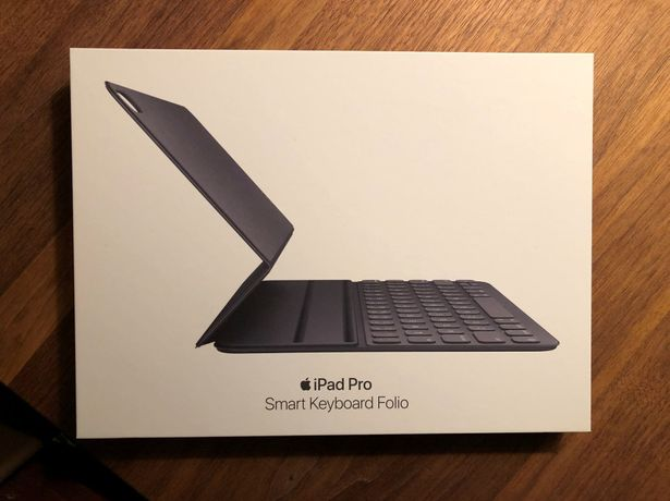 Husa iPad Pro 11 inch model 2018 Smart Keyboard Folio NOUA