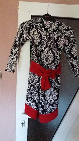 рокля с коланче