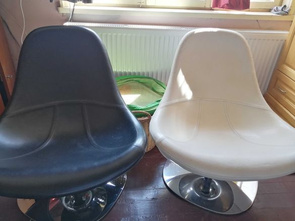 Диван релакс и два въртящи фотьойла