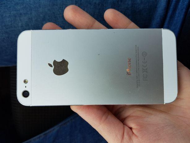 Vand iphone 5 ,pentru detalii pm