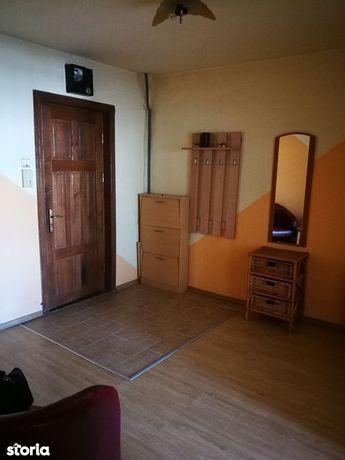 Apartament cu 2 camere zona Curcubeul