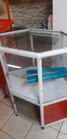Островок стеклянный для магазина