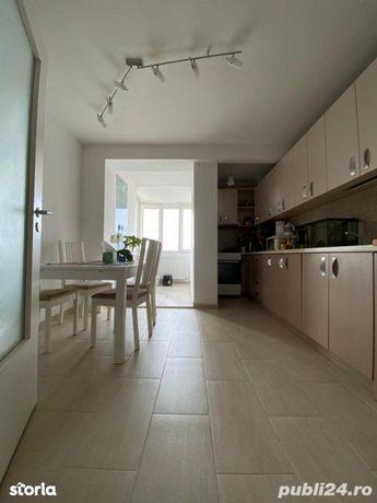 Mircea cel Batran - Apartament 4 camere decomandat, 93 mp utili