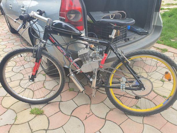Bicicletă cu motor 2Timpi pe benzină!