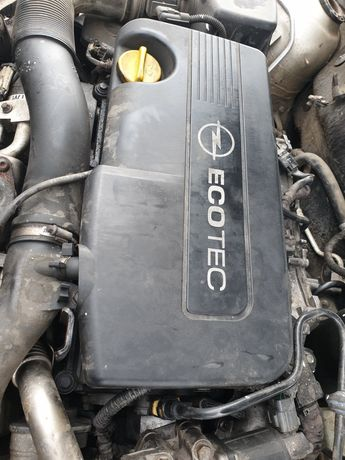 Dezmembrez Opel Astra H hatchback z157 1.7 cdti 125 cp 92 kw Z17DTR