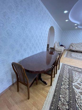 Продам стол для гостиной или кухни