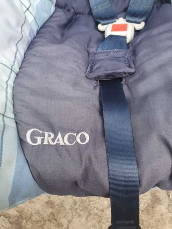 Столче за кола GRACO перфектно