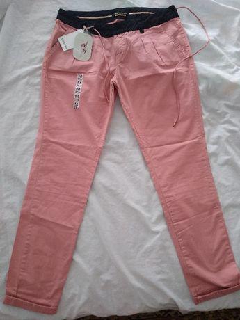 Нови М/Л размер дънки и панталон