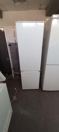 Хладилник за вграждане Electrolux A++