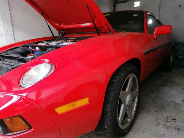 Vând Porsche 928