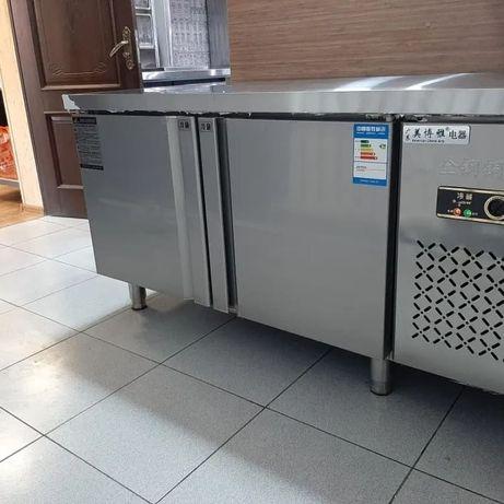Профессиональный холодильный стол двухдверный, тумба холодильный