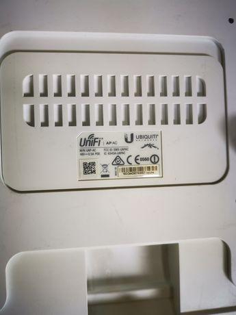 Няколко броя Аксес пойнт, Access point, Ubiquiti Unifi UAP AC