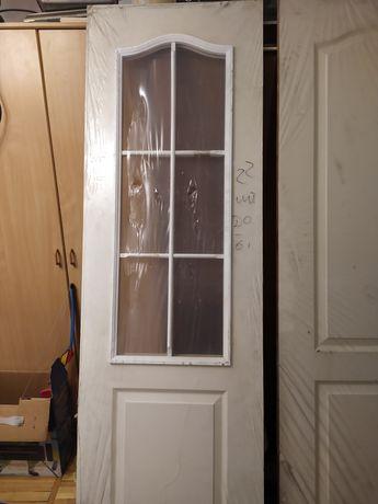 Двери новые, с дверной коробкой
