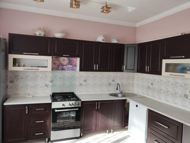 Кухонный гарнитур/ кухонная мебель